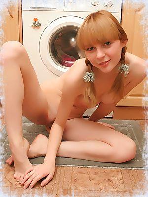 Solo Hottie Girls - Porn Photos